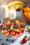Insalata sana fatta dei frutti Fotografia Stock Libera da Diritti