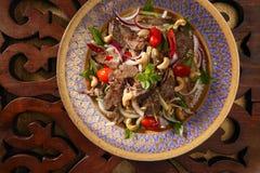 Insalata tailandese del manzo Immagine Stock