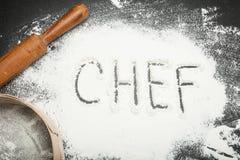 Inscrição do cozinheiro chefe no local de trabalho na cozinha imagem de stock royalty free