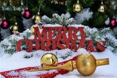 Inscrição do Feliz Natal na vida festiva do Natal ainda Fotografia de Stock Royalty Free