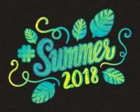 Inscrição 2018 do verão do vetor com as folhas da tendência isoladas no fundo preto Ilustração do Vetor