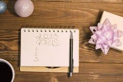inscripción de 2018 metas en un cuaderno Imágenes de archivo libres de regalías