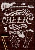 Inscripción en la pintura blanca con los vidrios de cerveza y g Fotos de archivo