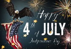 Inscripción feliz el 4 de julio con la bandera de los E.E.U.U. ilustración del vector
