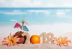 Inscripción 2018, la naranja del Año Nuevo en vez de los números 0, Fotos de archivo