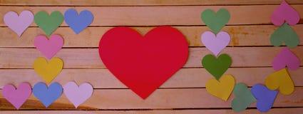 inscripción te amo con el uso de corazones fotografía de archivo libre de regalías