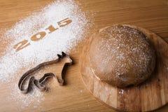 Inscription 2015 avec une forme un renard et un Noël t de pain d'épice Photos libres de droits