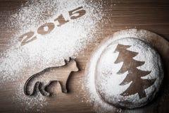 Inscription 2015 avec une forme un renard et un pain d'épice Image stock