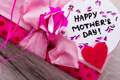 Inscription heureuse de carte de jour du ` s de mère Image stock