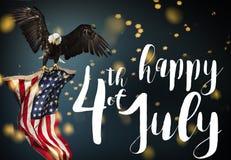Inscription heureuse le 4ème juillet avec le drapeau des Etats-Unis Images stock