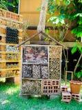 Insectos y hotel de la mariposa, hombre hecho Fotografía de archivo
