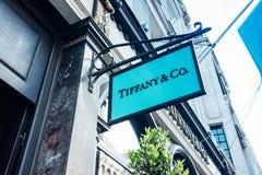 Insegna al negozio di Co & di Tiffany Fotografia Stock Libera da Diritti