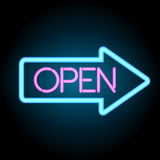 Insegna al neon aperta con la freccia, vettore Fotografia Stock