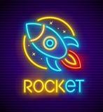 Insegna al neon di Rocket con l'astronave illustrazione di stock