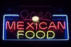 Insegna al neon messicana dell'alimento Fotografia Stock