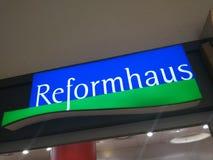 Insegna del deposito di Reformhaus Immagine Stock