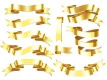 Insegna del nastro dell'oro I nastri orizzontali dorati della celebrazione o del premio con il rotolo brillante hanno isolato l'i illustrazione vettoriale