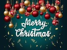 Insegna di Buon Natale con handlettering e palle e lamé di Natale Fotografia Stock