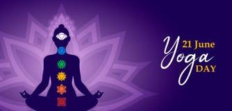Insegna di meditazione di giorno di yoga della persona nella posa del loto illustrazione vettoriale