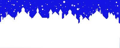 Insegna di Natale di una città della via con neve di caduta Fotografia Stock