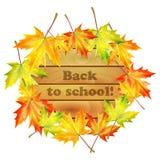 Insegna di scuola con le foglie di acero di autunno Fotografie Stock