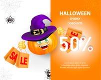 Insegna di vendita di festa di Halloween con la zucca con il fronte felice del mostro, cappello e sacchetti della spesa porpora d illustrazione vettoriale