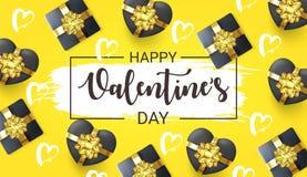 Insegna felice di giorno di biglietti di S. Valentino con i contenitori di regalo in una forma del cuore Cuori su fondo giallo Ca fotografia stock