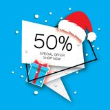 Insegna moderna di vendita del taglio della carta di Buon Natale Cappello di rosso di Santa Claus Offerta speciale, 50 per cento  Fotografia Stock Libera da Diritti