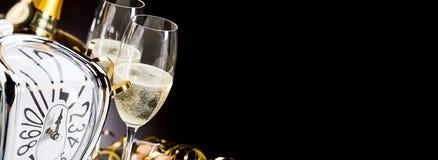 Insegna panoramica con il champagne dei nuovi anni Fotografia Stock