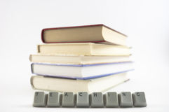 Insegnamento compitato e libri Fotografia Stock Libera da Diritti
