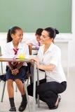 Insegnante della scolara che comunica Fotografia Stock Libera da Diritti