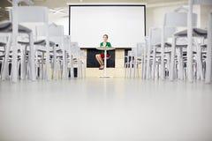 Insegnante nella conferenza-stanza Immagine Stock