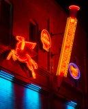 Insegne al neon al vicolo al neon, pueblo, CO fotografia stock libera da diritti