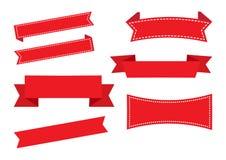Insegne del nastro, insieme rosso Decorazioni di natale Vettore royalty illustrazione gratis