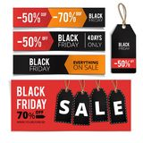 Insegne di Black Friday, etichette messe fotografia stock