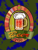 Insegne sull'argomento con birra Fotografie Stock