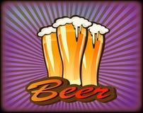 Insegne sull'argomento con birra Fotografia Stock