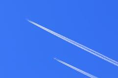 Inseguimento degli aeroplani Immagine Stock Libera da Diritti