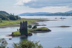 Inseguitore del castello, Scozia Immagine Stock