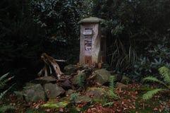 Insektenhotel im deutschen Garten Lizenzfreies Stockbild