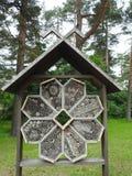 Insektenhotel, Lettland lizenzfreie stockbilder