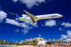 Insel Air at St.Maarten Royalty Free Stock Image
