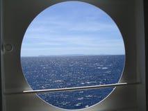 Insel auf Horizont Lizenzfreie Stockfotografie