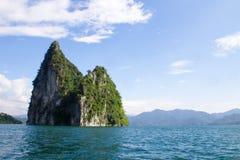 Insel auf Meer Stockfoto