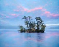 Insel im Elch-Teich Lizenzfreie Stockbilder