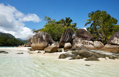 Insel im Ozean Lizenzfreie Stockfotografie