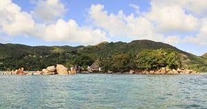 Insel und Hotel Chauve Souris schlagen in den Indischen Ozean mit einer Keule Stockfotos