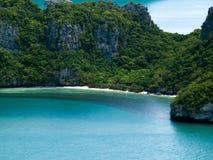 Insel und Ozean lizenzfreie stockfotos