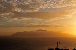 Insel von Brava während des Sonnenuntergangs Lizenzfreie Stockbilder