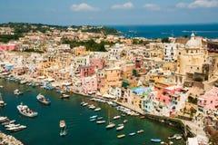 Insel von Procida, Corricella-Hafen lizenzfreies stockbild